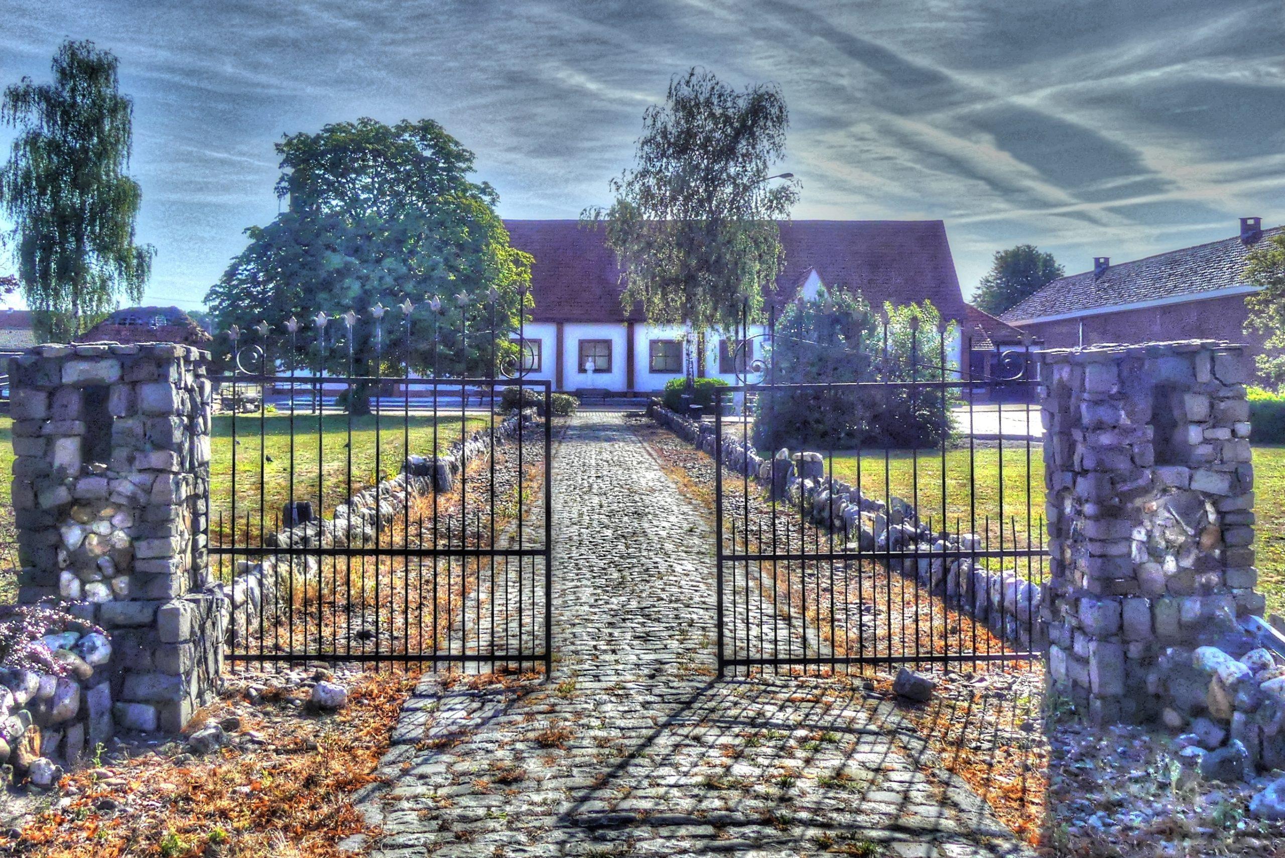 Church 'OLV Maagd der Armen'
